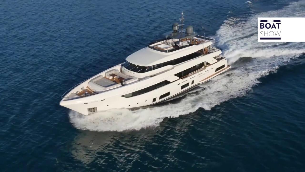 Ita Ferretti Custom Line Navetta 37 Prova E Interni The Boat Show