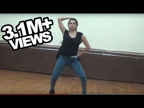 She is hot & her freestyle dance at IIT Bombay will make you fall in love with her