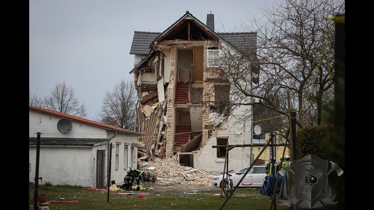Explosion in Wohnhaus [2 Tote, 4 Verletzte] - Karl-Marx-Straße - Hohen Neuendorf