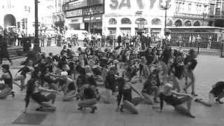 Beyonce 100 Single Ladies Flash-Dance Piccadilly Circus, London for Trident Unwrapped thumbnail