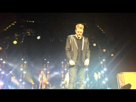 Rose Gold (Scott crying + speech) // Pentatonix World Tour