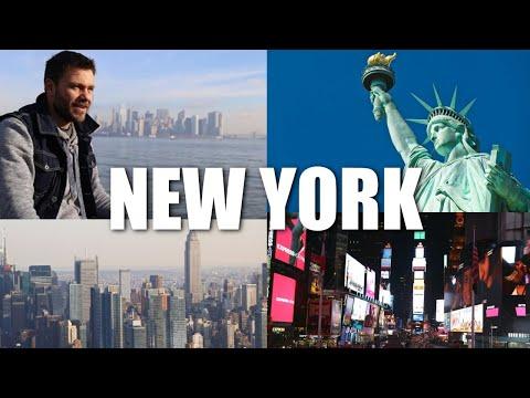 Happy Traveller in New York | Full