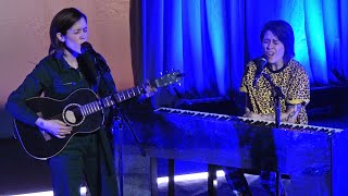 """Download Tegan And Sara, """"Hello, I'm Right Here"""" (live acoustic), San Francisco, CA, October 1, 2019 (4K UHD) Mp3 and Videos"""