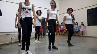 Coral e Coreografia - Comemoração do dia do artista de teatro