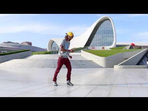 Robot in Baku | Marquese Scott Nonstop Dance | Electronic 2015