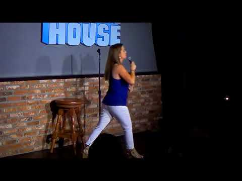 Kerri Pomarolli Headling Ice House Comedy Club Aug 2017 ...