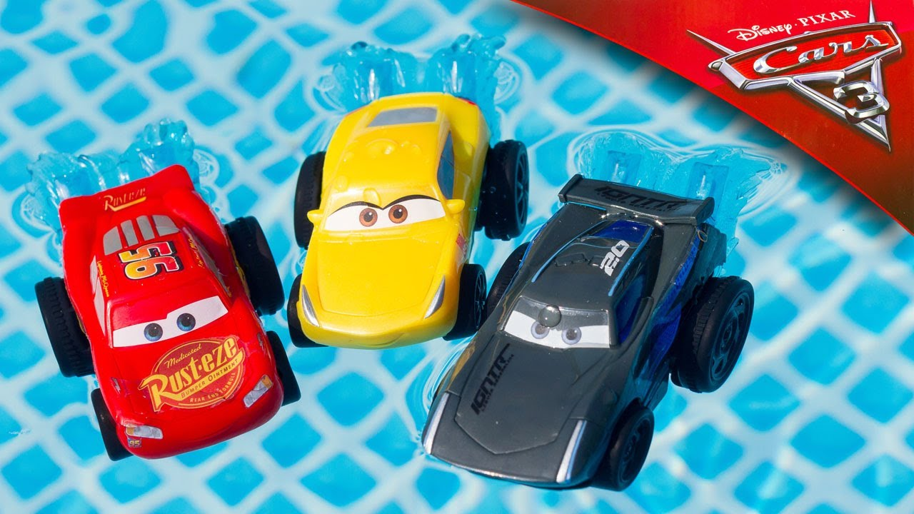 Cars 3 Jackson Storm Jouet Cars 3 Splash Racers Lightning Mcqueen Cruz Ramirez Jackson Storm Water Toys Bath Pool Toy Review