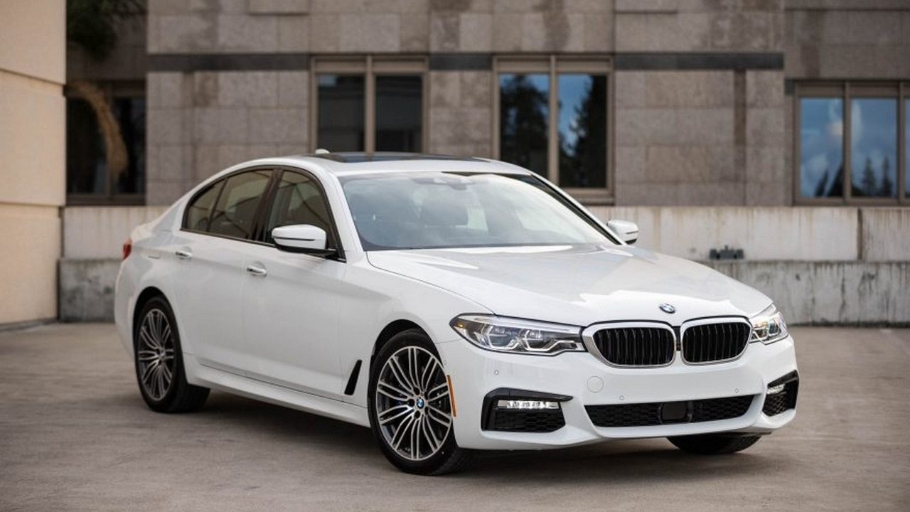2017 bmw 530i first drive review youtube. Black Bedroom Furniture Sets. Home Design Ideas