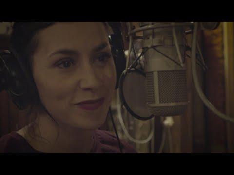 """Olivia Ruiz, Mouss & Hakim et Lo Barrut - """"Je suis de Castelsarrasin"""" [La Tribu de Pierre Perret]"""
