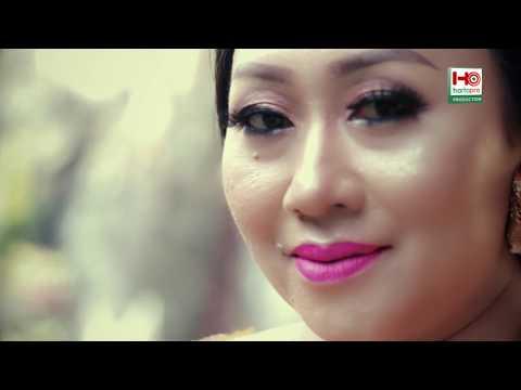 Suksma Dewi Laksmi (Voc. Ayu Wiryastuti)