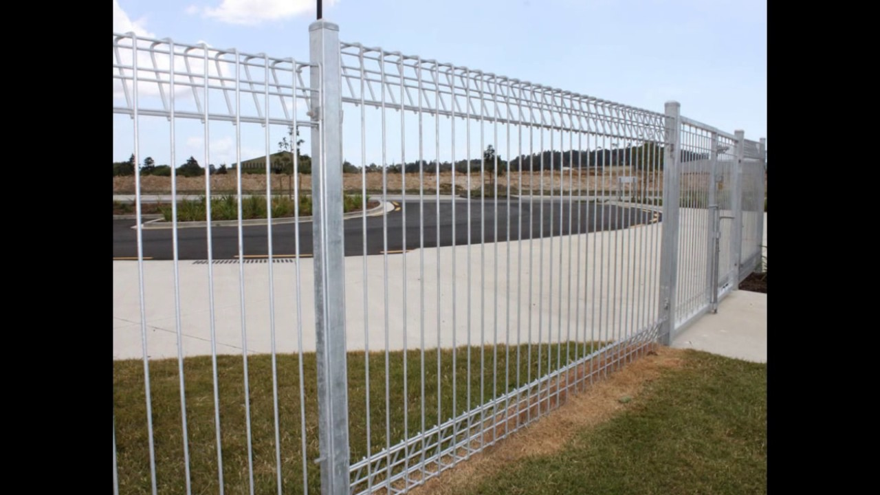 Anping Fansi Factory hot dip galvanized roll top fence, BRC fence ...
