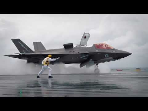 Slow motion video: F-35 take off from HMS Queen Elizabeth