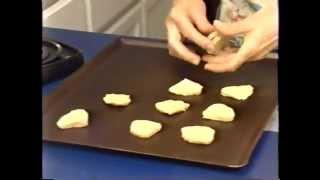 Auntie Lee's Kitchen 3: Baking Icebox Cookies