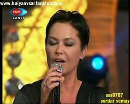 Hulya Avsar - muhtesem show - canli 18.04.2008