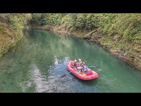 Raft Fishing Epic New Zealand River [Tongariro]