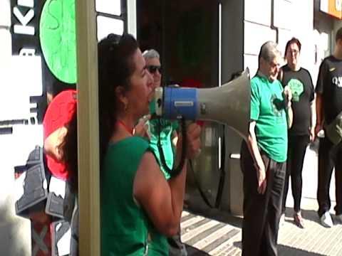 Lola pino y la pah contra cx catalunya caixa youtube for Cx catalunya caixa oficinas