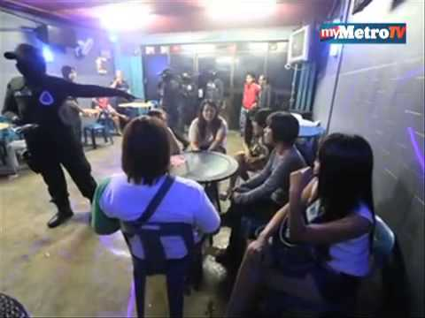 Ops cantas wanita serbu restoran karaoke