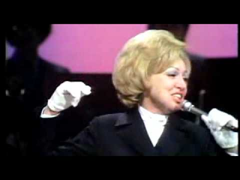 Anita O'Day The Life of a Jazz Singer clip: A jazz lesson with Anita O'Day and Dr Billy Taylor