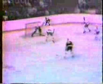 Esposito scores Bruins@Minnesota 1969