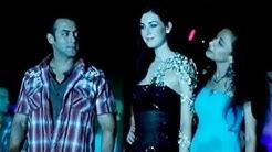Salman Khan walks the ramp as showstopper for Sanjana Jon's event