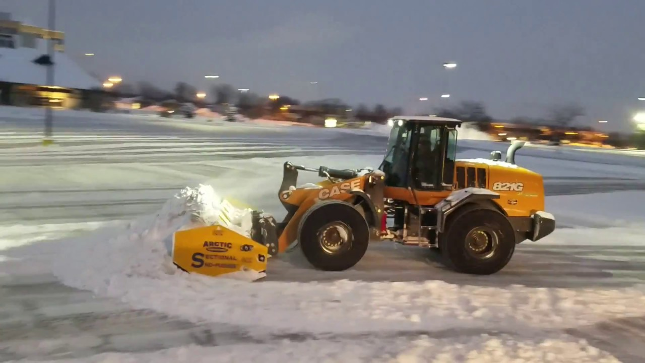 Arctic Sectional Sno Pusher Plowing Mall 17hd Youtube