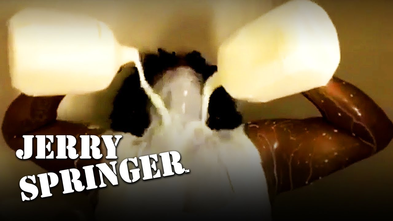 Lesbian Strippers Share Their Cookies | Jerry Springer