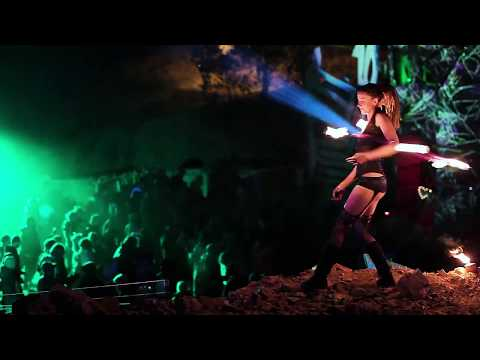 Fire Spinning @ Elements Festival 2017
