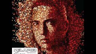 EMINEM - RELAPSE - Bagpipes From Baghdad