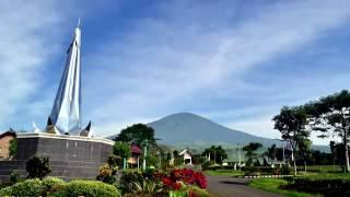Download Video Lagu Daerah Palembang   Nonstop MP3 3GP MP4