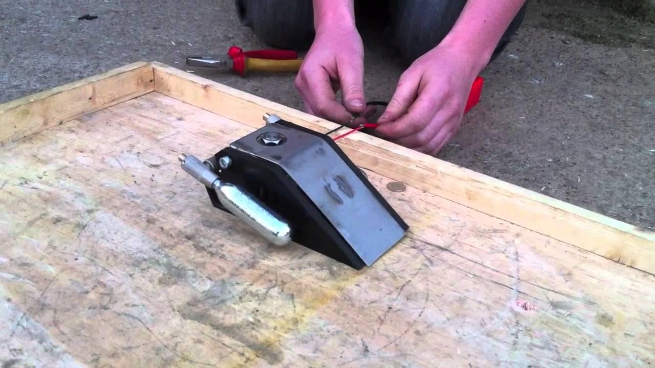 Flange Flipper Test - CO2 Pneumatic BeetleWeight Robot Wars / BattleBots by  iTomHazard
