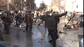 Противоправные действия 'мирных' протестующих 18 февраля 2014 года