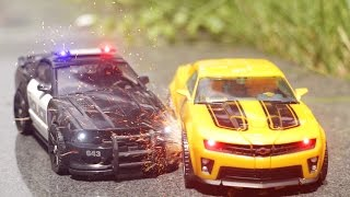 Transformers Bumblebee VS Barricade Combat Stop Motion Car Toys 트랜스포머 범블비 VS 바리케이드 전투 자동차 장난감 변신 동영상