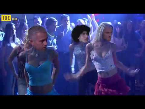 Manchester United vs Liverpool White Chicks dance off
