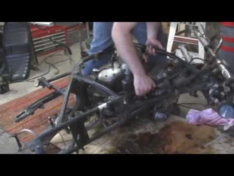 motorcycle tear down and engine removal - 1974 honda cb750 rebuild