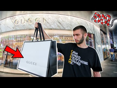 BUYING MY FIRST GUCCI at the WORLD's MOST EXPENSIVE MALL! SINGAPORE SHOPPING!