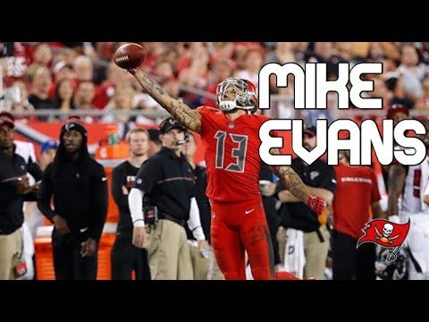 Mike Evans ||