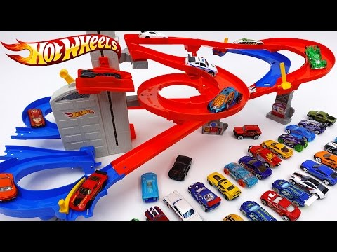Thumbnail: Hot Wheels Auto Lift Expressway~! Load up Your Cars and Watch Them Race Skyward