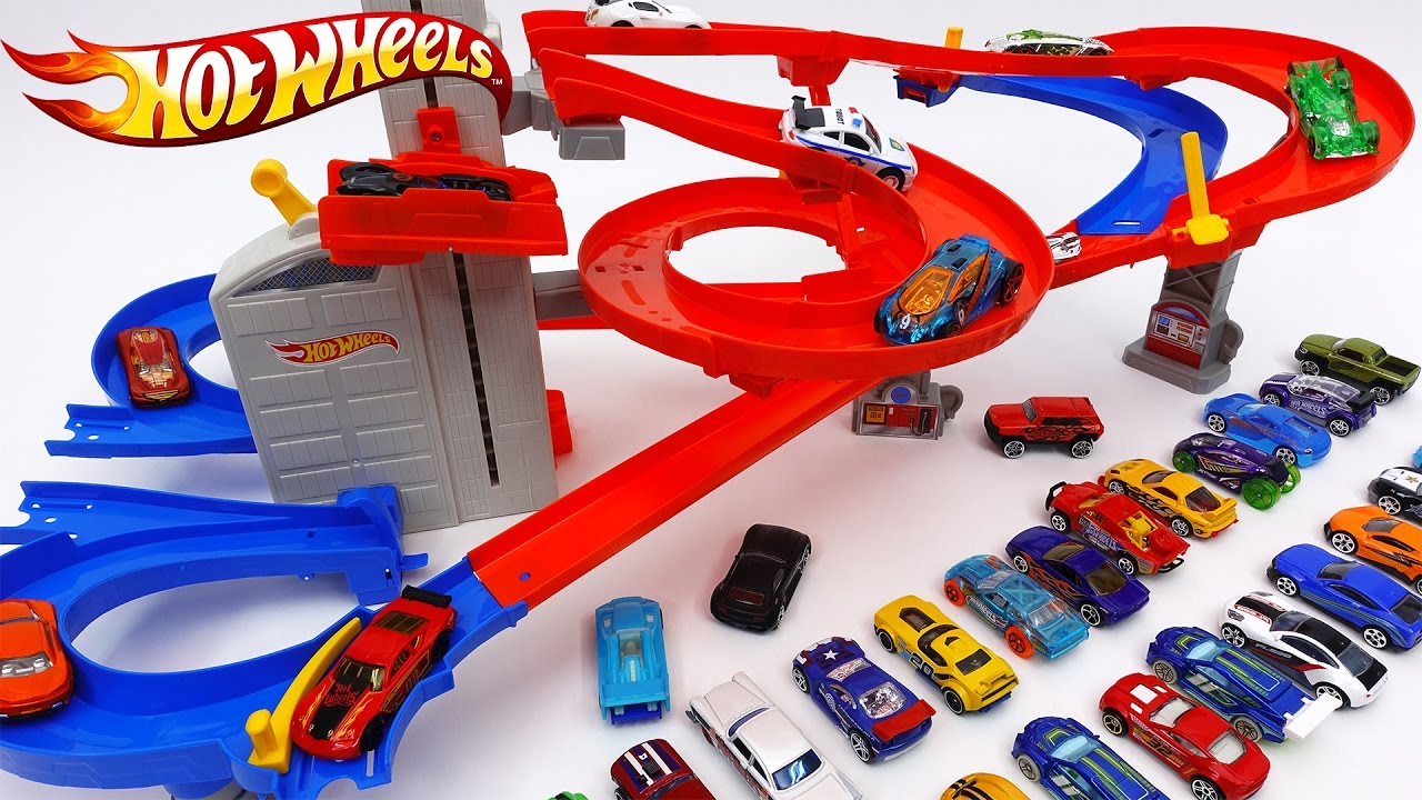 Hot Wheels Auto Lift Expressway Load Up Your Cars And Watch Them