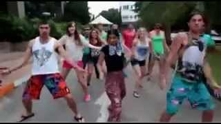 white people dance in indian song