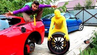 Mr. Joe on Opel Vectra OPC VS Yellow Man on Corvette without Wheels in Tire Service for Kids