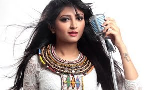 Gambar cover Husn Parcham I Bhoomi Trivedi I Exclusive Interview I Boogle Bollywood