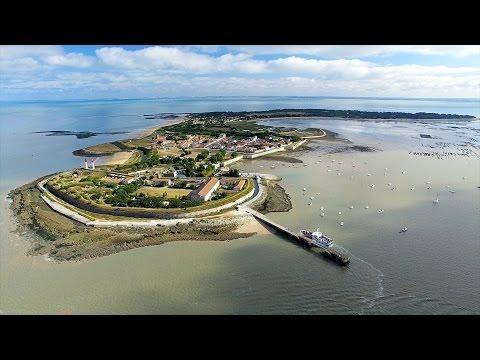 Agence drone vidéo bordeaux - Prise de vue aérienne île d' Aix, e.toile prod