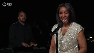 "Gladys Knight Performs ""Midnight Train to Georgia"""