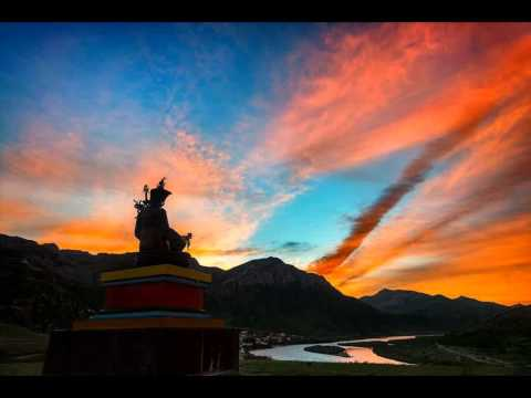 The Seven Line Prayer to Guru Rinpoche ,Padmasambhava.