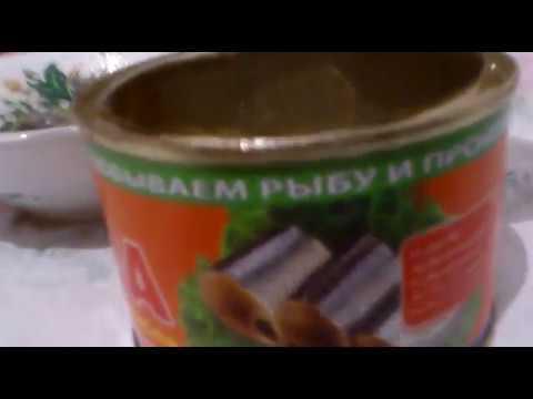 Непонятные черви или личинки в консерве САЙРА. ОСТОРОЖНО!!!!