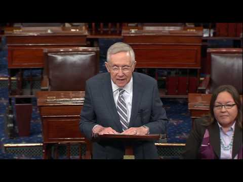 Reid Shows Solidarity With Standing Rock Sioux