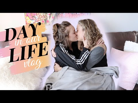 A DAY IN OUR LIVES VLOG | WORK, SCHOOL, YOUTUBE