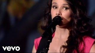 Смотреть клип Paula Fernandes - Voa