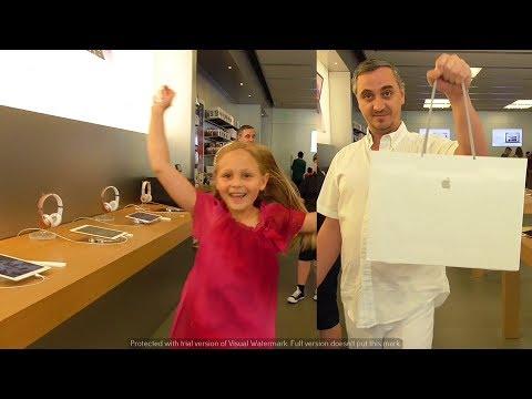 КУПИЛИ MacBOOK Pro ! Шоппинг в Apple Store в Америке Распаковка Мак бука