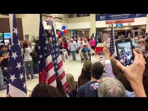 Lexington, Kentucky welcomes home an Honor Flight